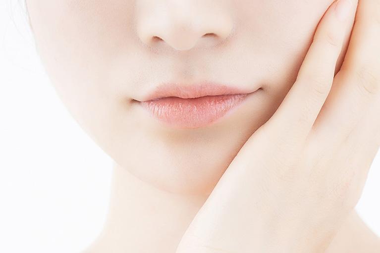 鼻翼(小鼻)縮小 (経口腔法)